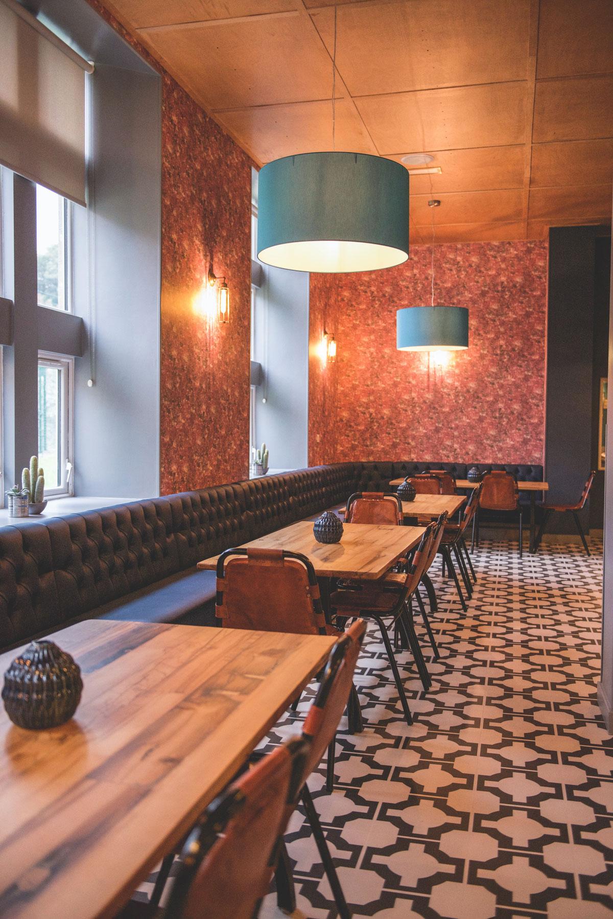Lounges Plus St Marys